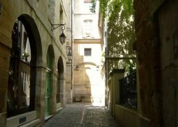 Marais Paris Rue Eginhard visite Un Guide à Paris