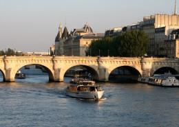 Première visite à Paris Pont Neuf Ile de la Cite