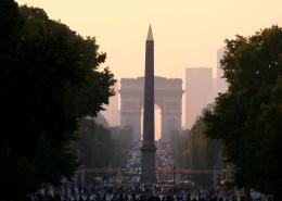 Visite Groupe Paris en bus Champs Elysées Arc de Triomphe Obélisque