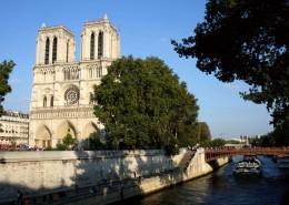 Visite Groupe Paris en bus Cathédrale Notre Dame Ile de la Cité