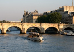 Les îles parisiennes Île de la Cité Pont Neuf Conciergerie Paris