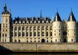 Ile de la Cité Conciergerie Paris Palais de justice