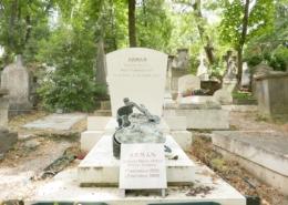 Tombe sculpteur Arman