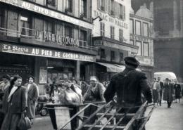 Marche des Halles Paris Au pied de Cochon